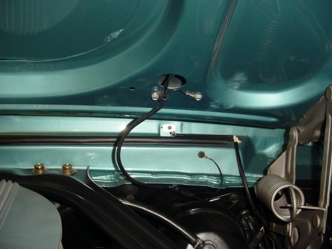 1967 vs 1968 Turn Signal Hood Wiring | Vintage Mustang ForumsVintage Mustang Forums